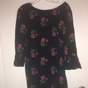 Old Navy floral Dress with flutter sleeves